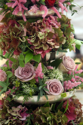 Muted pinks and Greens