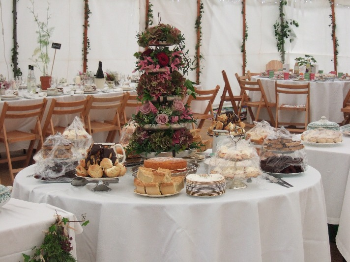 Cake Stand Flower Table Centre