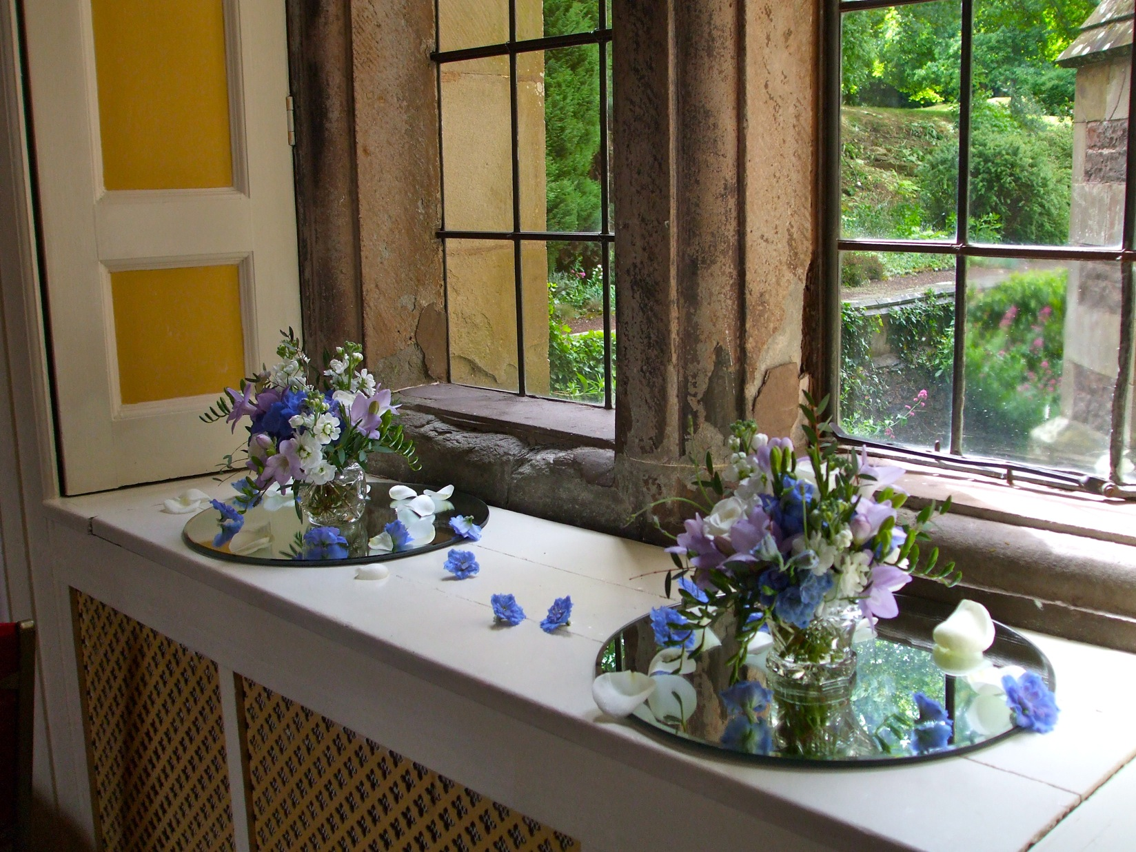 Blue and Purple Table Posies