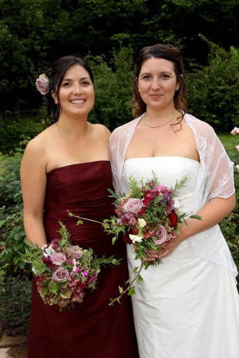 Country Style Bouquets- bride and bridesmaid