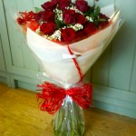 12 red roses, ?35